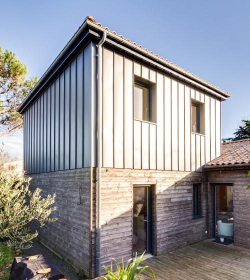Surélévation d'une maison de 23 m² à Saint Sébastien (44)